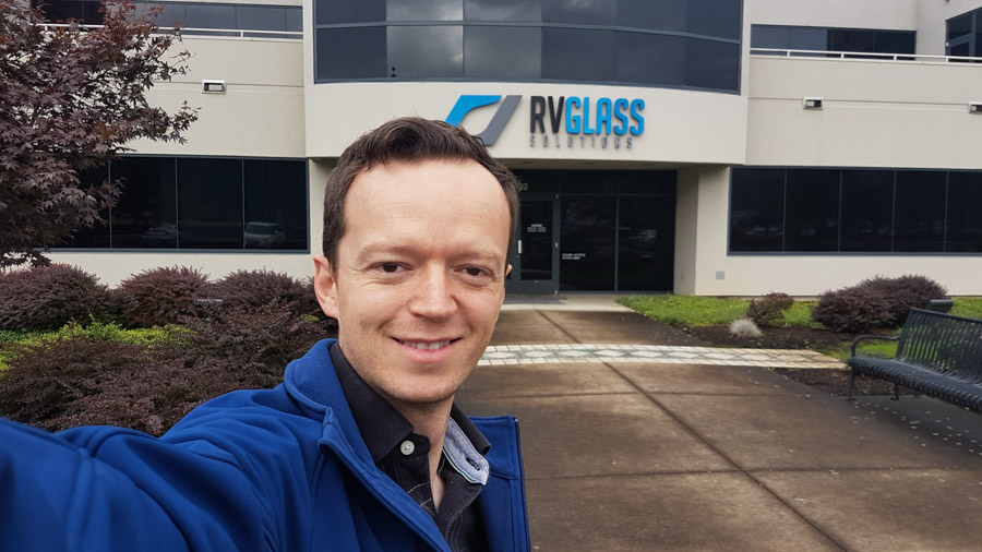 Kevin in front of RV Glass Solutions