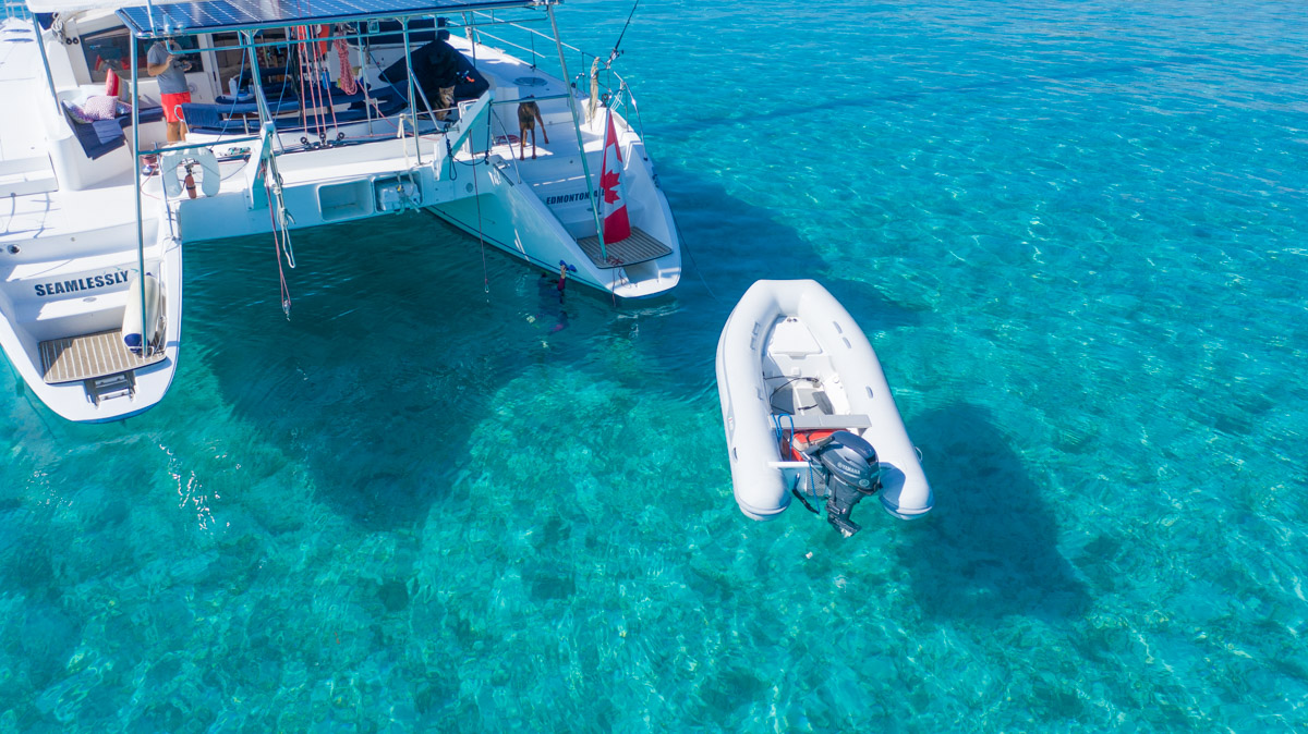 Hull cleaning by Cave Cay